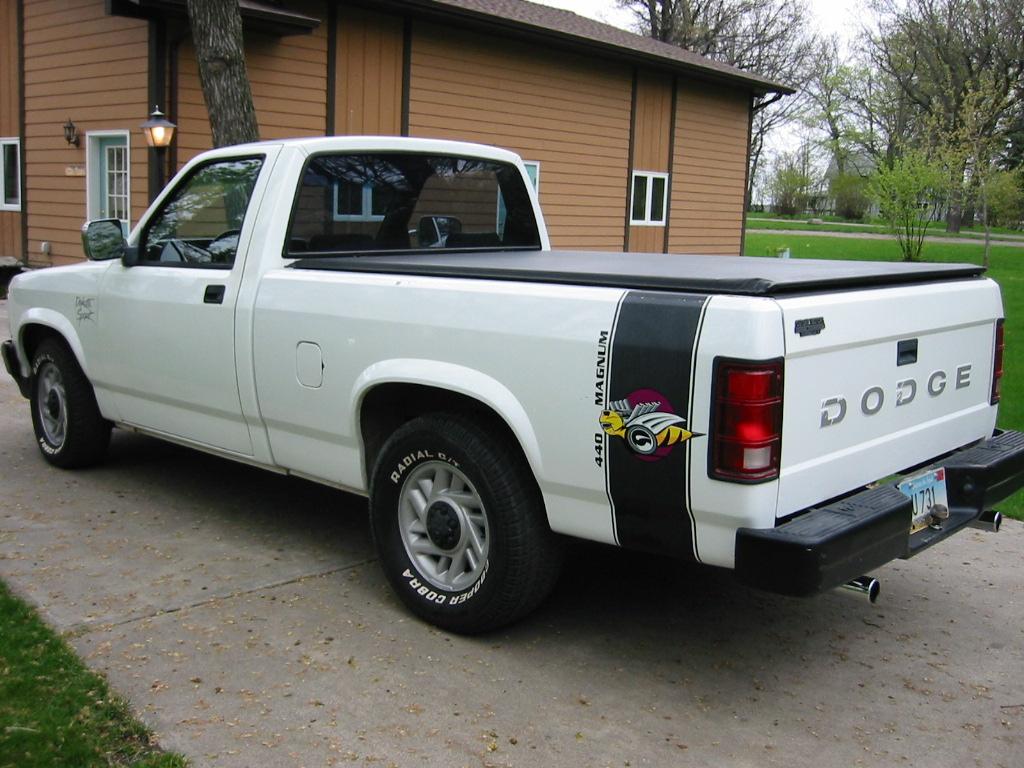 Dodge Dakota 3 9l V6  125 Hp